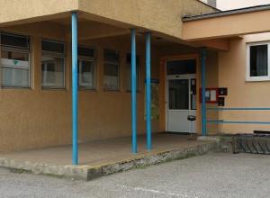 Vchod pre hráčov (Entrance for players)