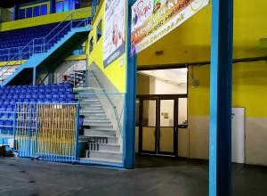 Vchod do šatní (Locker room entrance)